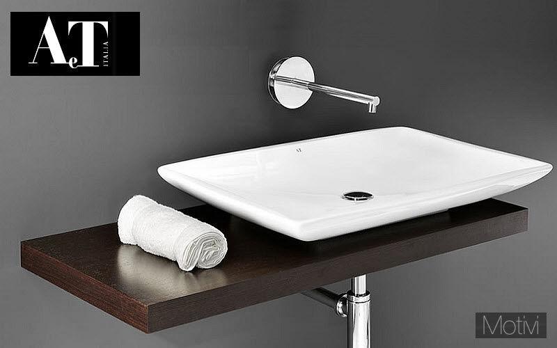 AeT Lavabo suspendu Vasques et lavabos Bain Sanitaires Salle de bains |