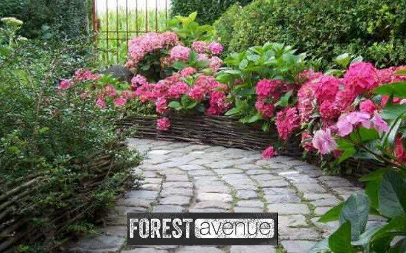 FOREST AVENUE & CO Bordure de jardin Clôtures Bordures Jardin Abris Portails...  |