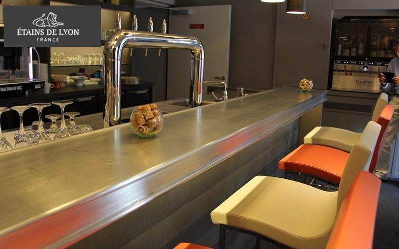 Les Etains De Lyon Comptoir de bar Bars Tables & divers  |