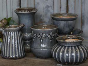 CHIC ANTIQUE -  - Vase À Fleurs
