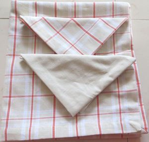 ITI  - Indian Textile Innovation - check with solid - Nappe Et Serviettes Assorties
