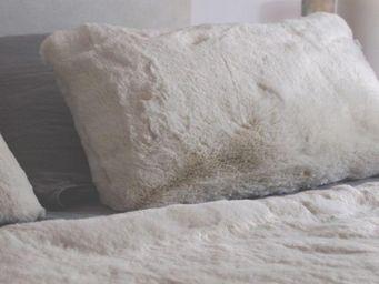 nuance pivoine - sobre - beige clair - Coussin Rectangulaire