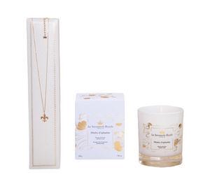 LA SAVONNERIE ROYALE - -bougie pétales d'églantine avec collier - Bougie Parfumée