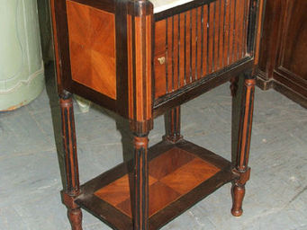 Virgin Gallery -  - Table De Chevet