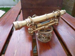 La Timonerie Antiquités marine -  - Theodolite