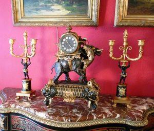 Art & Antiques - torchères en bronze napoléon iii - Torchère