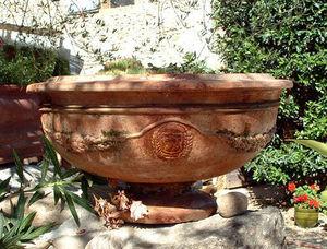 Ampholia-Anduze -  - Vasque De Jardin