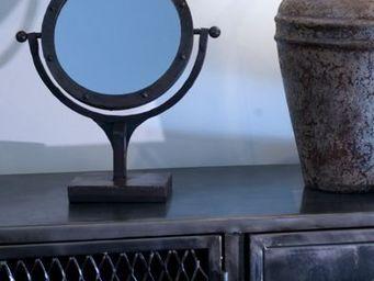 Lawrens -  - Miroir � Poser