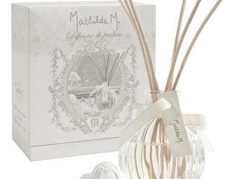 Mathilde M - diffuseur côtelé, parfum fêtes galantes - Diffuseur De Parfum