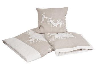 Mathilde M - jet� de lit marquise - Jet� De Lit
