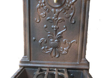 GRILLOT - fontaine belle �poque en fonte vieillie 45x43x77cm - Fontaine Centrale D'ext�rieur