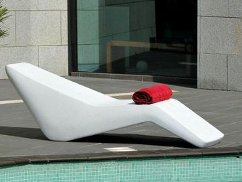 Mathi Design - chaise longue wave - Bain De Soleil