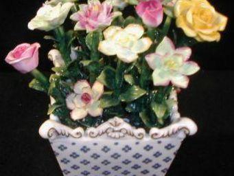 Demeure et Jardin - vase carré avec fleurs - Cache Pot