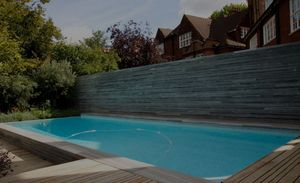 GUNCAST SWIMMING POOLS -  - Piscine Paysagée