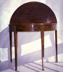 AMERICAN SPIRIT ANTIQUES - new york - Console Demi Lune