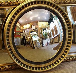 Henneman & Lettuce - acanthus leaf mirror - Miroir Convexe