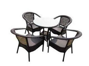 UsiRama.com - pratik table et 4 fauteils en résine tressée - Table De Jardin