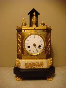 GALERIE DES VICTOIRES -  - Horloge À Poser