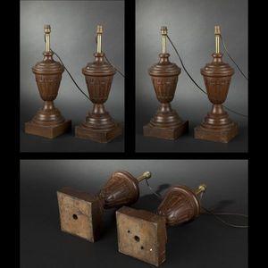 Expertissim - paire de pieds de lampes en chêne sculpté de style - Pied De Lampe
