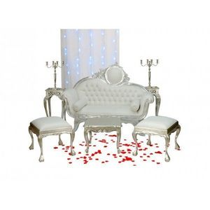 DECO PRIVE - canape baroque imitation cuir blanc et deco de mar - Salon