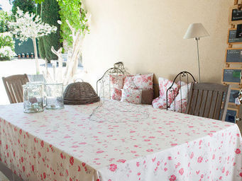 FLEUR DE SOLEIL - nappe enduite roses taupe rouge 160x160 - Nappe Rectangulaire