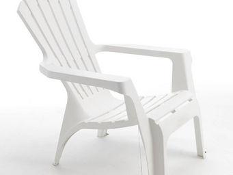 WILSA GARDEN - fauteuil adirondack blanc en r�sine polypropyl�ne  - Fauteuil De Jardin