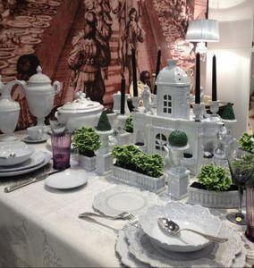 Faiencerie de Niderviller Faience de Luneville et Cristal De Portrieux -  - Service De Table