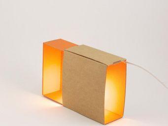 ADONDE - boite a lumiere - lampe orange | applique ¿adónde? - Lampe À Poser
