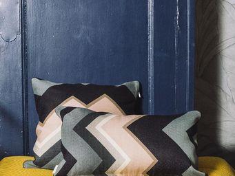 BAILET - coussin déco emblématique - 30x50 cm - verso gris  - Coussin Rectangulaire