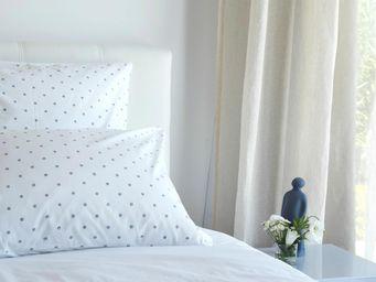 MAISON D'ETE - taie d'oreiller en coton blanc pois gris - Taie D'oreiller