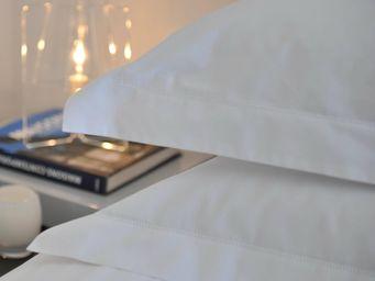 MAISON D'ETE - taie d'oreiller en percale de coton blanc 80 fil/ - Taie D'oreiller