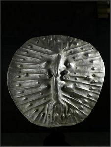 Arts Africains - bouclier en cuir - Bouclier