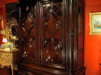 Antiquités Passion -  - Armoire Lingère