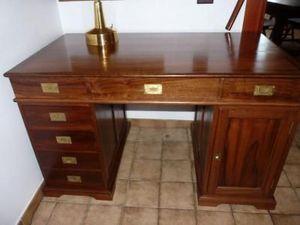 La Timonerie Antiquités marine - bureau de marine en teck et laiton  - Bureau