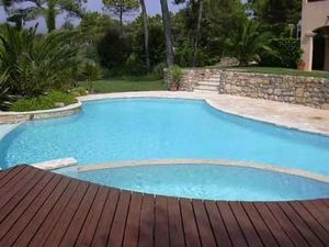 Omnitech Realisations -  - Piscine Traditionnelle