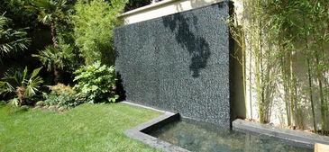 mur d 39 eau terrasse concept decofinder. Black Bedroom Furniture Sets. Home Design Ideas