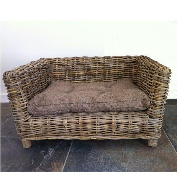 niche en osier panier chien mathi design decofinder. Black Bedroom Furniture Sets. Home Design Ideas