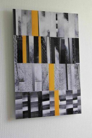 JOHANNA L COLLAGES - Tableau décoratif-JOHANNA L COLLAGES-City 3 : yellow touch 40x60 cm