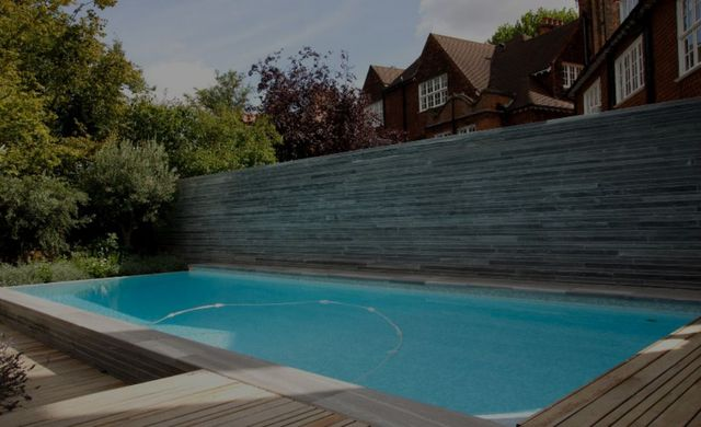 GUNCAST SWIMMING POOLS - Piscine paysagée-GUNCAST SWIMMING POOLS