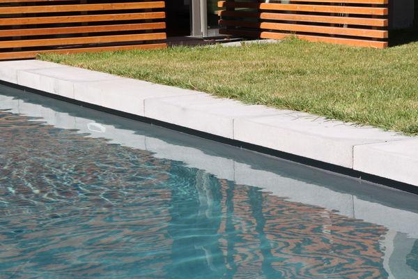 Rouviere Collection - Margelle de piscine-Rouviere Collection-margelle en L grésé