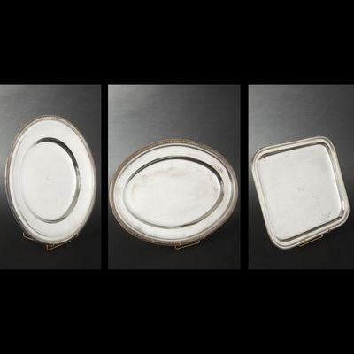Expertissim - Plat de présentation-Expertissim-Suite de quatre plats en métal argenté