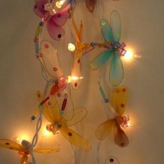 guirlande lumineuse libellules guirlande enfant. Black Bedroom Furniture Sets. Home Design Ideas