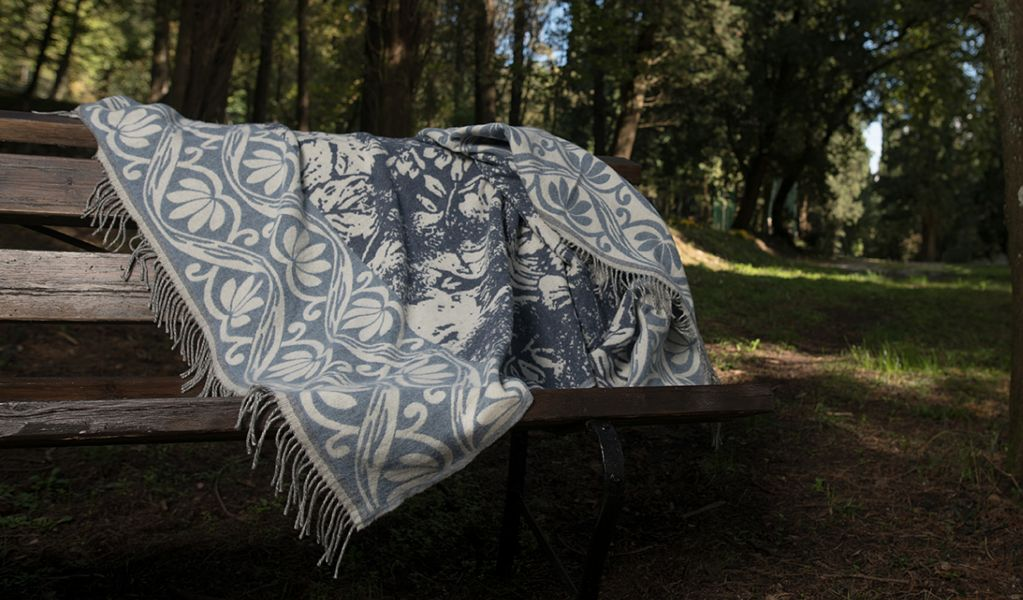 MILLETRAME Tartan rug Bedspreads and bed-blankets Household Linen  |