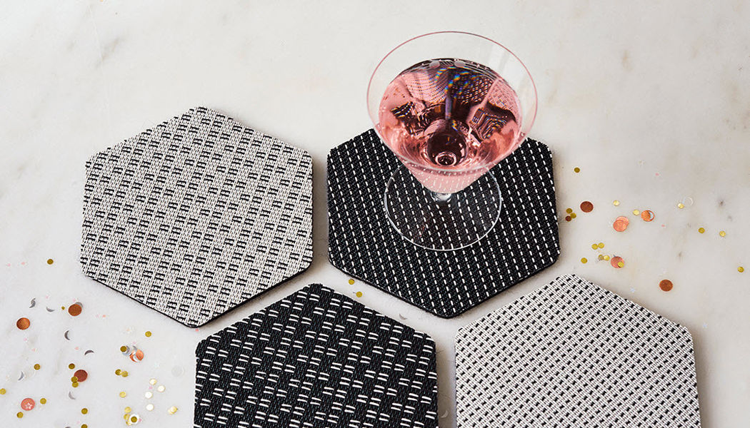 CHILEWICH Coaster Dish mats Tabletop accessories Dining room | Design Contemporary