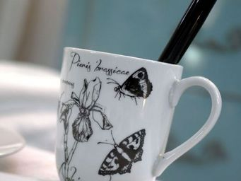 Interior's - iris - Mug