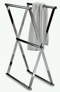 Freestanding towel rack