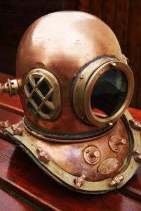 La Timonerie Antiquités marine -  - Antique Diving Helmet
