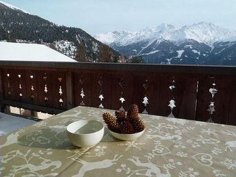 FLEUR DE SOLEIL - nappe enduite montagne beige 160x160 - Coated Tablecloth