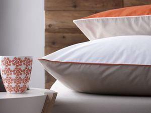BLANC CERISE - complicites gourmandes intemporels-- - Pillowcase