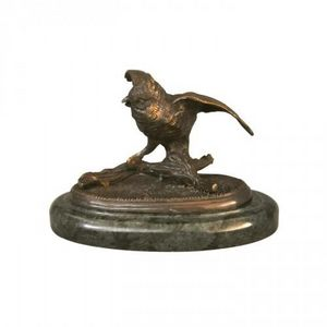 Demeure et Jardin - oiseau en bronze sur base marbre vert - Animal Sculpture